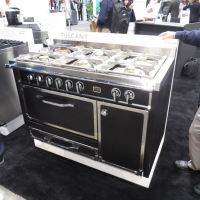 viking-range-sourced-from-italy-sister-company-2